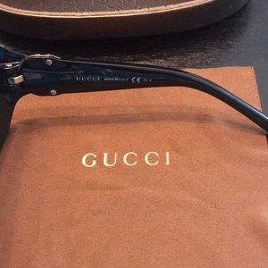 7bad2bdeb27e Gucci Accessories - Authentic Gucci Sunglasses GG 3163 S D28 JJ
